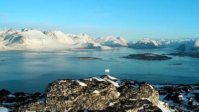 Ученые в шоке - под слоем льда в Гренландии есть живые микроорганизмы, загрязняющие атмосферу