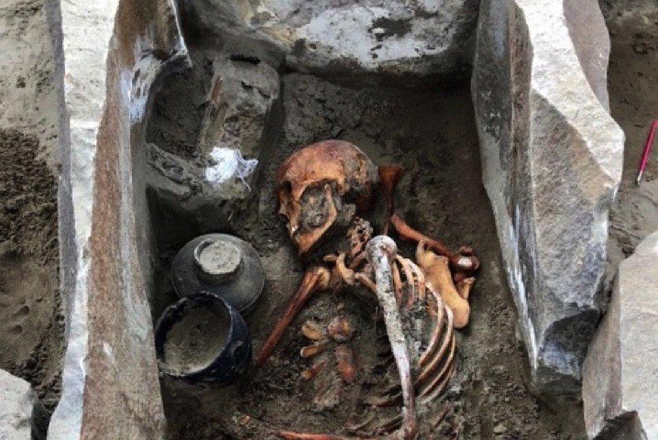 Археологи нашли могилу на дне Саяно-Шушенского водохранилища