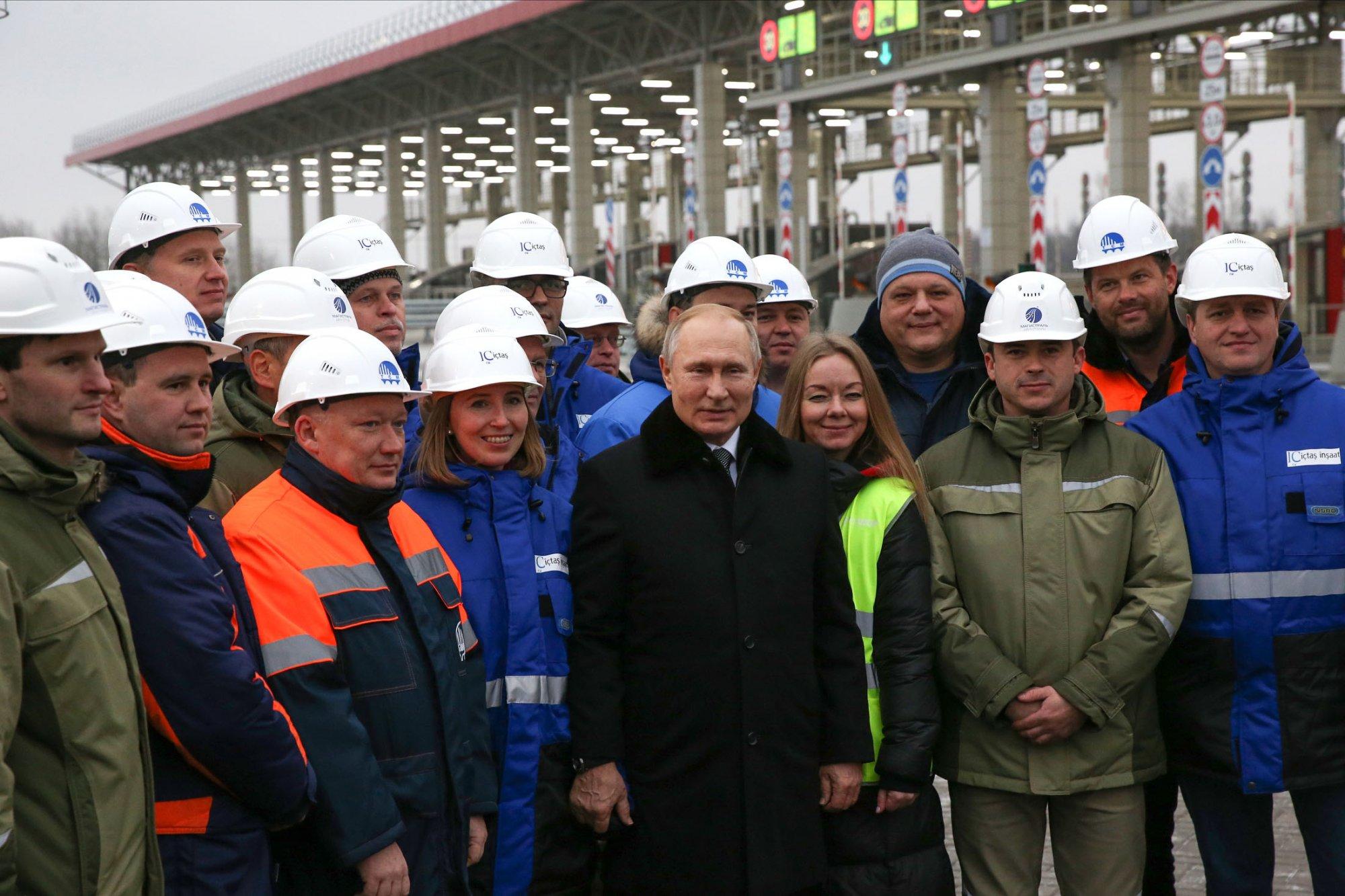 Из Москвы в Петербург по трассе Нева